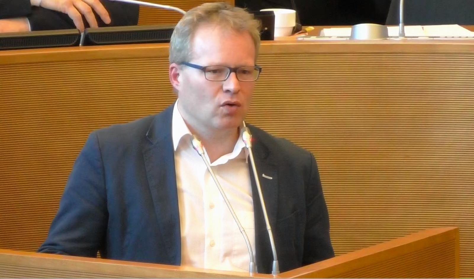 Philippe Henry: On se gargarise avec l'accord «Cop 21» mais on n'agit pas !