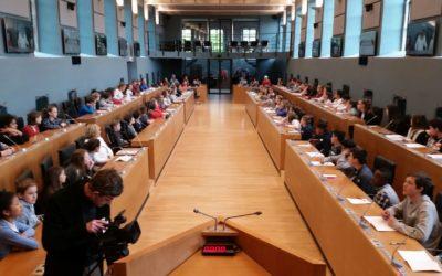 Un jour au Parlement de Wallonie pour les élèves de primaire