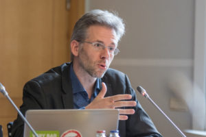 Image de Stéphane en Commission.