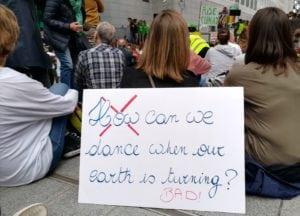 "Manifestation ""Rise up for climate"": gagner le combat climatique"