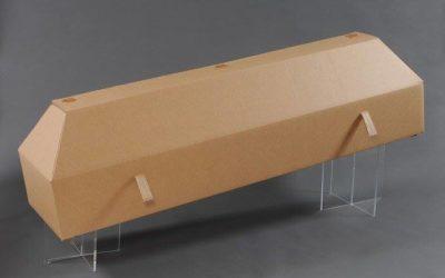 Les cercueils en carton et les linceuls devraient prochainement être autorisés en Wallonie.