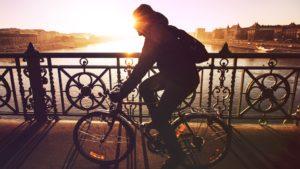 Politique du vélo: Stéphane Hazée fait le point avec le Ministre Henry sur la prise en compte du vélo dans les travaux de voiries.